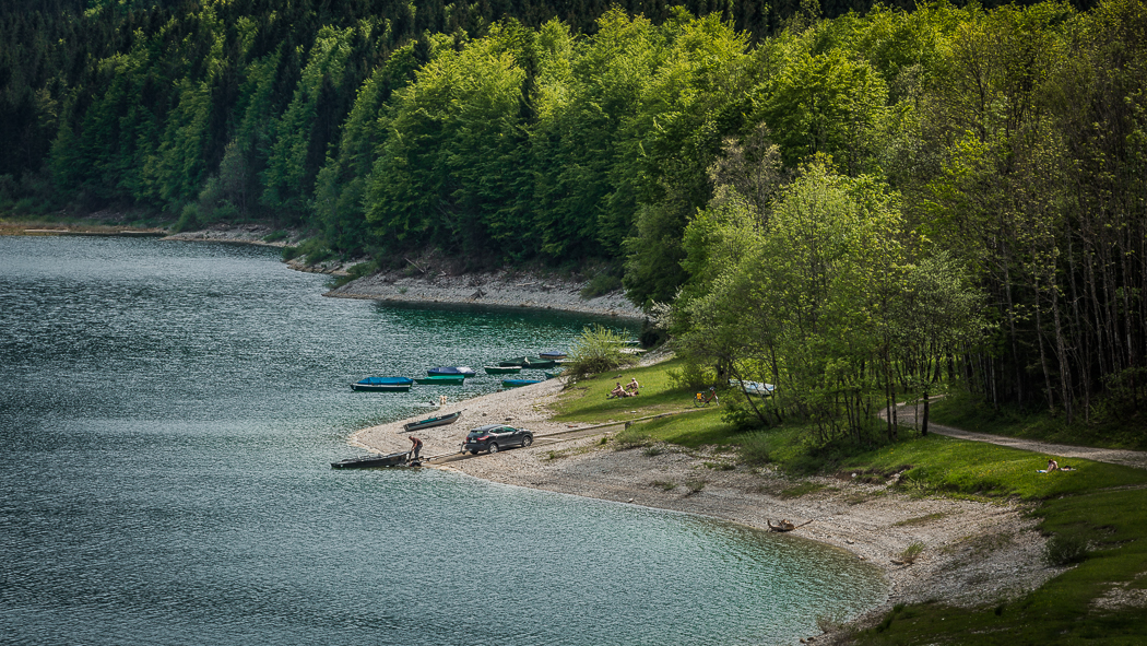 Sylvensteinspeicher See Ufer Boote Baden