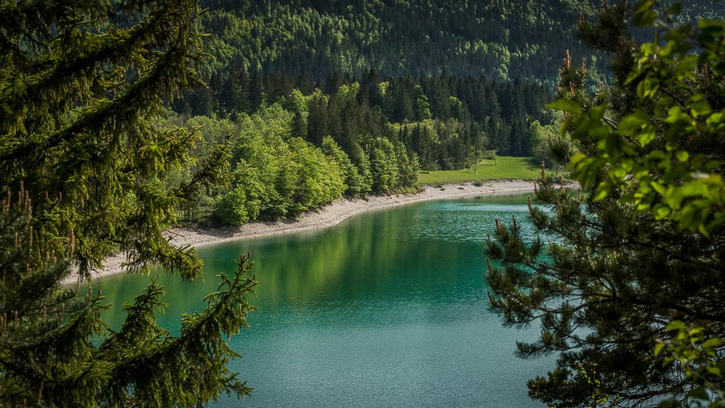 Sylvensteinspeicher See Alpen Ufer