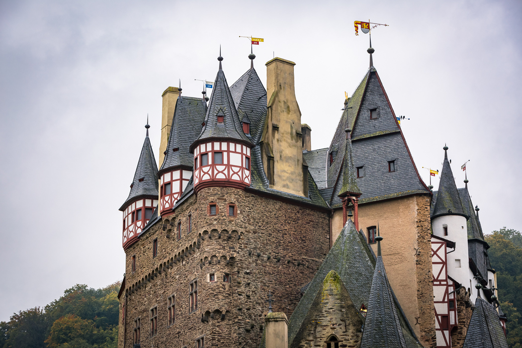 Burg Eltz Türme Rheinland Pfalz Eltzer Wald