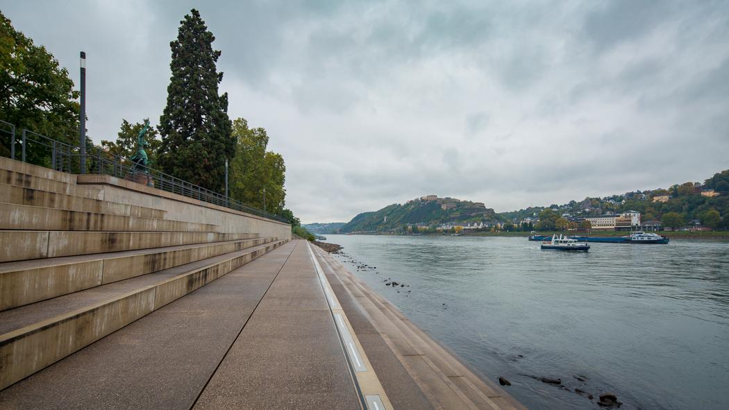 Koblenz Rheinland Pfalz Schlossstufen Rhein Festung Ehrenbreitstein