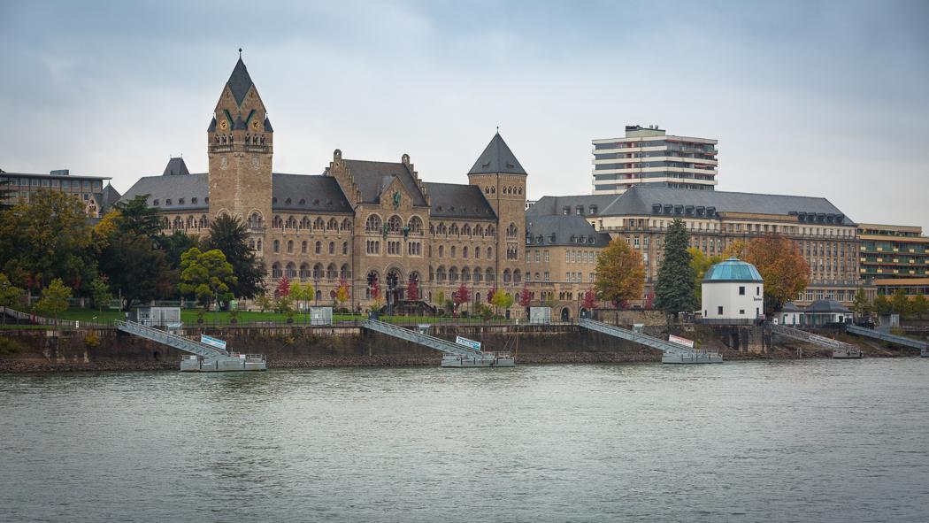 Koblenz Rheinland Pfalz Preußisches Regierungsgebäude Rhein Pegelhaus