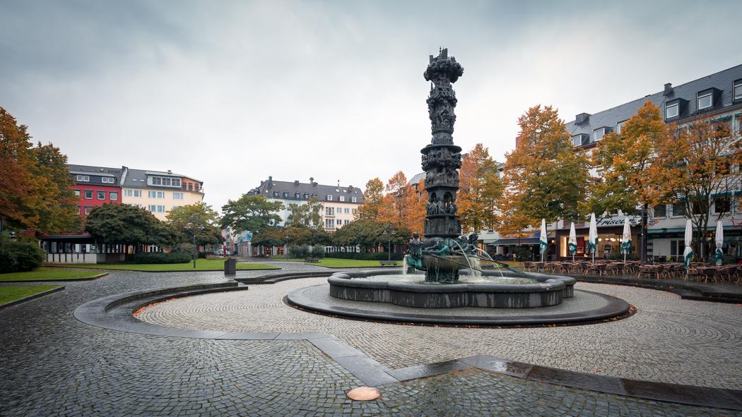 Koblenz Rheinland Pfalz Historiensäule