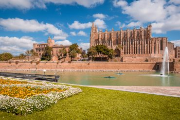 Palma de Mallorca cathedral La Seu Parc de la Mar