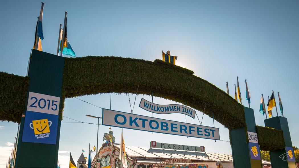 Oktoberfest Wiesn Munich Eingang