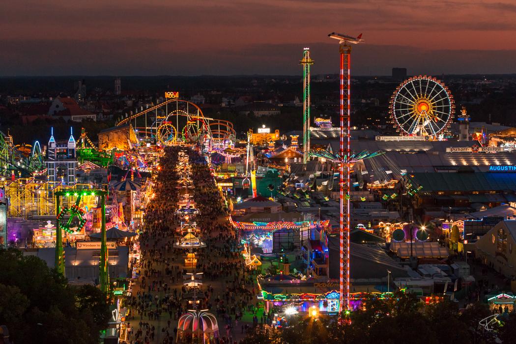 Oktoberfest Wiesn Munich Nacht night