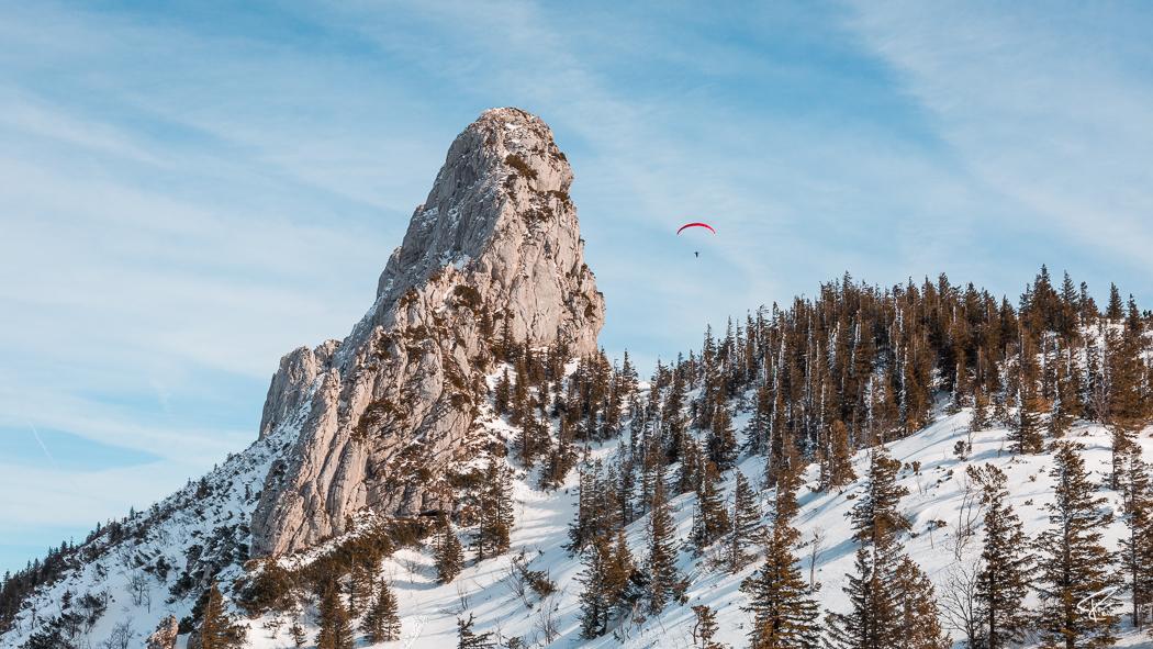 Kampenwand Chiemgauer Alpen Winter Gleitschirmflieger