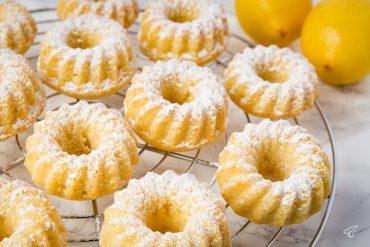 Mini Gugelhupf Zitronenkuchen Kuchen cake