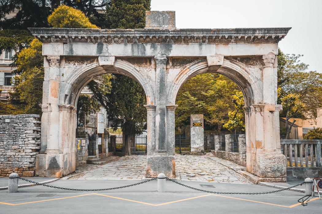 Pula Istria Croatia Doppeltor Porta Gemina